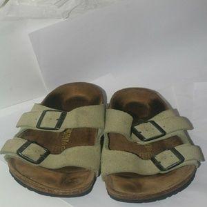 Birkenstock Women's sandals suede Buckle sz 38
